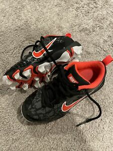 NIKE Fastflex Football FB Cleats Youth 13 C Mid Height Shoes Black / Orange Nice