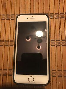 Apple iPhone 6 - 16GB - Gold (Unlocked) A1586 (CDMA + GSM) DESCRIPTION BELOW