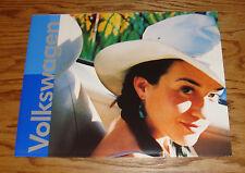 Original 2001 Volkswagen VW Full Line Sales Brochure 01 Beetle Jetta Passat Golf
