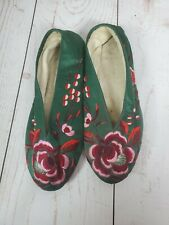 Vintage Japanese Slippers Shoes Floral Stitched 1950s 1960s Green Silk