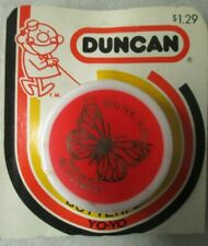 """VINTAGE 2"""" RED AND WHITE DUNCAN BUTTERFLY YO-YO IN PACKAGE"""