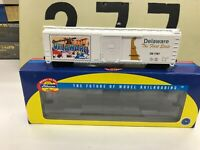 Athearn HO Scale Postage Stamp of Delaware Single Door Boxcar RTR New