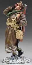 THOMAS GUNN WW1 BRITISH GW036B CASUALTY IN GREATCOAT WINTER MIB