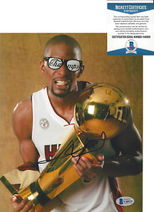 CHRIS BOSH MIAMI HEAT SIGNED 8x10 PHOTO 2012 NBA CHAMPIONS BECKETT COA BAS