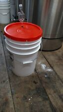 6 Gallon Fermenting bucket with lid and Air Lock (Bubble) Food Grade Wine Beer