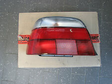 Original BMW E39 Heckleuchte Rückleuchte Links weiß Facelift 63212496297