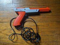 Genuine OEM Original 1985 Nintendo NES Zapper Gun NES-005 Orange & Gray