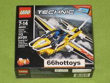LEGO TECHNIC 42044 Display Team Jet 2 in 1 NEW