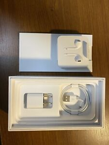 Apple iPhone X - 256GB - Silver (Unlocked) A1901 (GSM) (CA)