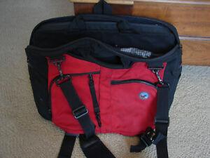 Tom Bihn Checkpoint Flyer Briefcase Messenger Shoulder Strap Laptop Sleeve Red