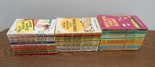 32 1959-1982 Charles M. Schulz Charlie Brown Peanuts Snoopy Collectible Books