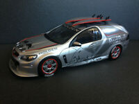 Holden Triple Eight Project Sandman Tribute Edt. RED BULL BR18601A Biante 1:18