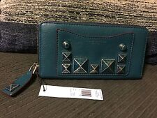 NWT NEW MARC JACOBS RECRUIT CHIPPED STUD OPEN FACE WALLET CLUTCH ZIP AROUND $245