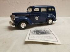 ERTL COLLECTIBLES 1999 WATKINS COLLECTIBLES 1946 FORD PANEL TRUCK BANK.