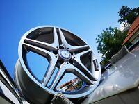 Originale Mercedes Benz AMG 5-Doppelspeichen Felgen 18Zoll mit Runflatreifen