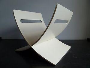 White Wooden Magazine Rack Book Holder Retro Design Coffee Table Organiser