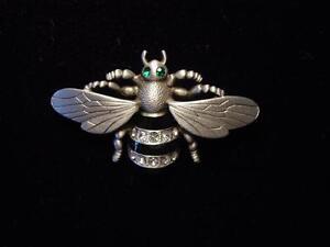 """""""JJ"""" Jonette Jewelry Matte Silver Pewter 'BEAUTIFUL BEE' w/Stones Pin"""