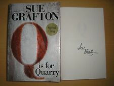 SUE GRAFTON - Q IS FOR QUARRY  1st/1st  HB/DJ  2002  SIGNED