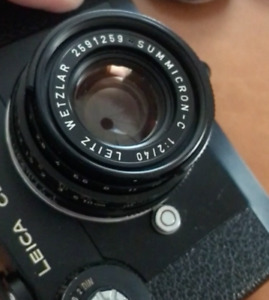 Leica CL set with summicron 40mm F2