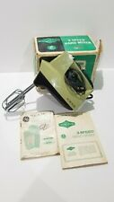 Vintage Eaton Viking 3-Speed Hand Mixer Avocado Green W/ Box - WORKING