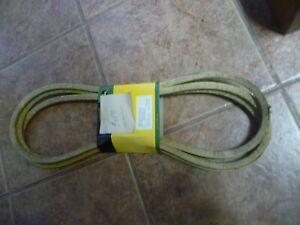 GENUINE John Deere V-Belt m123281