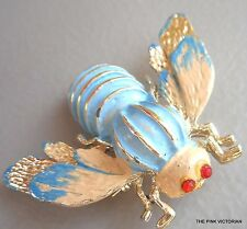VINTAGE JEWELRY light BLUE enamel flying INSECT bug BEE pin BROOCH red eyes PK-2