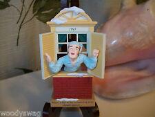 Hallmark Keepsake Ornaments Way To The Window Christmas 1997 Nello Williams