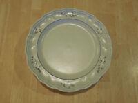 "Pfaltzgraff USA HEIRLOOM Dinner Plate 10 1/2"" 1 ea                  3 available"