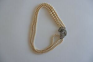 VINTAGE SIDE CLASP 3 ROW CREAM LUSTER GRADUATED FAUX PEARL NECKLACE  - C1940'S,