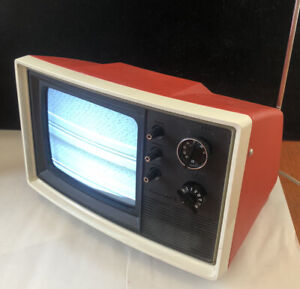 Vintage 1970's PANASONIC AN-709 Portable B&W TV Retro Mod Orange WORKING RARE