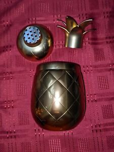 Silver One Intl. ECO ONE Gold Tone Pineapple Martini Shaker GUC