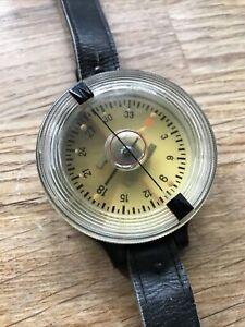 OLD RARE WW2 German Luftwaffe Air Force Armband Wrist Compass AK39 FL 23235-1