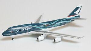 Phoenix Models 1:400 Cathay Pacific Boeing B747-400 'Asia's World City' B-HOY