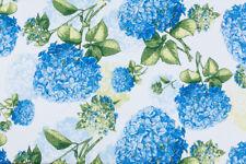 0,5M Baumwolle Satin Stoff Wunderschönen Hortensien  Blau auf Weiss