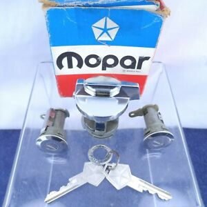 NOS Ignition & Door Lock Cylinders 1970-71 Chrysler Dodge Plymouth A B C Body