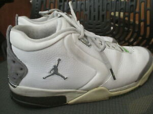 AIRJORDAN 23 WHITE LEATHER BASKETBALL SHOES, SIZE 11