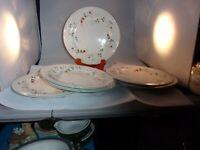 Pfaltzgraff Winterberry Holly 6 Dinner Plates 10 1/2 Inch