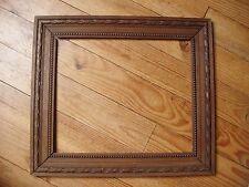 Très beau cadre ancien en bois sculpté fin XIXe siècle - feuillure : 42 x 35 cm