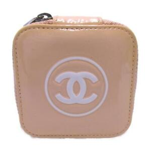 CHANEL Accessory case zip around holder patent leather Beige white Used