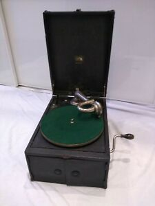 Vintage rare HMV 105 PBC portable wind-up gramophone phonograph working 78rpm