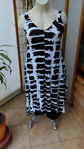 Sommer Kleid von Momente Gr. 3 (44-46) in 4 Varianten