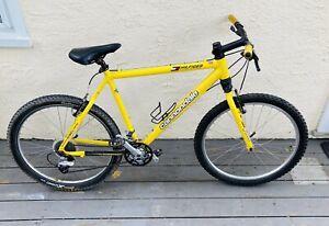 Vintage Libor Karas Tommy Hilfiger Athletics Cannondale Complete Bike