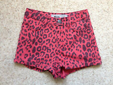 NEW LOOK LADIES RED ANIMAL PRINT SHORTS  SIZE 6  GREAT COND
