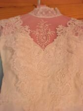Vintage Wedding Dress, Size 6, Perfect Condition - was professionally preserved!