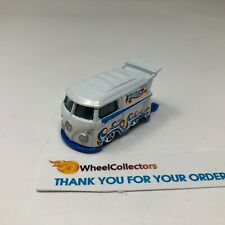 Volkswagen Kool Kombi * WHITE * Hot Wheels LOOSE * F1363
