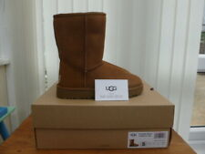 UGG BOOTS CLASSIC SHORT II CHESTNUT, UK SIZE 3, BRAND NEW BOXED
