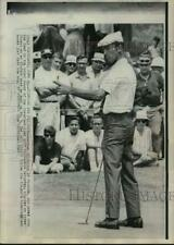 1967 Press Photo Gardner Dickinson leads the Cleveland Open Golf tournament