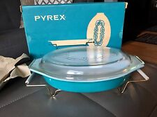 Teal Golden Scroll 1/2 Quart Pyrex Dish with Lid, Cradle, & Original Box NEW