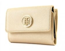 Tommy Hilfiger Honey Medium Flap Wallet Gold