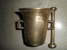 mortier d'apothicaire d'époque, en bronze et son pilon